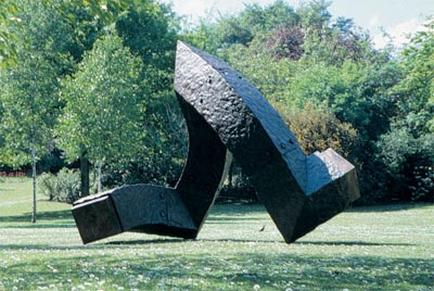 Charles Hadcock, Accord, 2003, cast iron © the artist