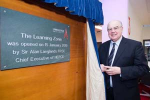 Sir Alan Langlands officially opens the Learning Zone
